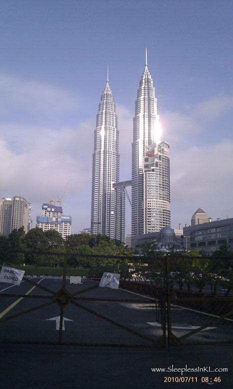 sun_on_Twin_Towers